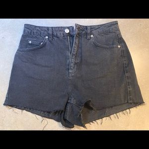 TOPSHOP Moto Mom Jean shorts